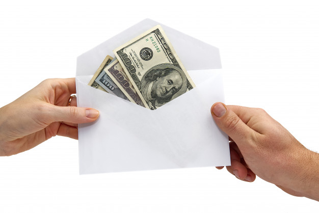 us-dollar-banknotes-in-white-envelope-on-white-concept-of-bribe-dale-gift-transfer-of-money_174533-83